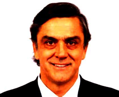 Pablo_Longueira_Montes